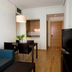 Отель Compostela Suites комната для гостей фото 4