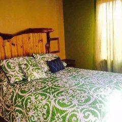 Отель Anchor Inn Гондурас, Остров Утила - отзывы, цены и фото номеров - забронировать отель Anchor Inn онлайн комната для гостей фото 2