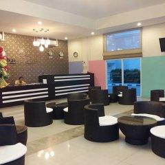 Отель Retreat By The Tree Pattaya интерьер отеля