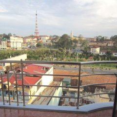 Отель Nhat Tan Hotel Вьетнам, Далат - отзывы, цены и фото номеров - забронировать отель Nhat Tan Hotel онлайн балкон