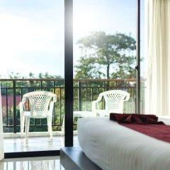Отель Paripas Patong Resort балкон