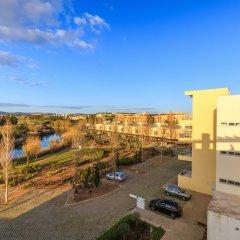 Отель Laguna Resort - Vilamoura Португалия, Виламура - отзывы, цены и фото номеров - забронировать отель Laguna Resort - Vilamoura онлайн балкон