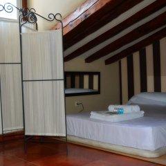 Отель Puerta del Sol Downtown сейф в номере