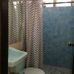 Отель Hostal Altamira Сан-Педро-Сула ванная фото 2