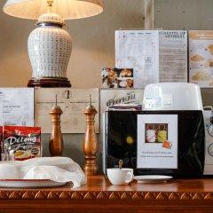 Отель MeeTangNangNon Bed&Breakfast Таиланд, Пхукет - отзывы, цены и фото номеров - забронировать отель MeeTangNangNon Bed&Breakfast онлайн питание фото 3