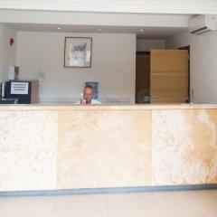 Отель Huli Hotel and Apartments Мальта, Каура - 2 отзыва об отеле, цены и фото номеров - забронировать отель Huli Hotel and Apartments онлайн интерьер отеля