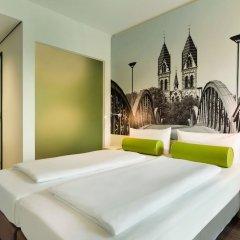 Отель Super 8 by Wyndham Dresden комната для гостей фото 5