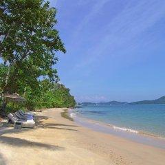 Отель Amatara Wellness Resort Таиланд, Пхукет - отзывы, цены и фото номеров - забронировать отель Amatara Wellness Resort онлайн пляж