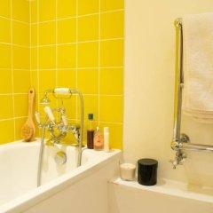 Отель 1 Bedroom Hidden Gem in Islington Лондон ванная