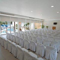 Отель Las Flores Beach Resort развлечения
