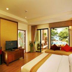 Отель Crown Lanta Resort & Spa Ланта комната для гостей