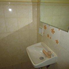 Отель Park Hill Hotel Филиппины, Лапу-Лапу - отзывы, цены и фото номеров - забронировать отель Park Hill Hotel онлайн ванная фото 2