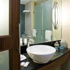 Отель Novotel Dubai Deira City Centre ванная