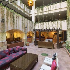 Days Hotel Aqaba интерьер отеля