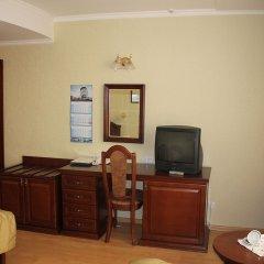 Гостиница Салют Отель Украина, Киев - 7 отзывов об отеле, цены и фото номеров - забронировать гостиницу Салют Отель онлайн удобства в номере