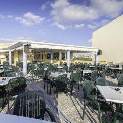 Отель HYB Sea Club Испания, Кала-эн-Бланес - отзывы, цены и фото номеров - забронировать отель HYB Sea Club онлайн гостиничный бар