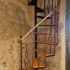 Отель Agriturismo Fonte di Maroglio Кастровиллари сейф в номере