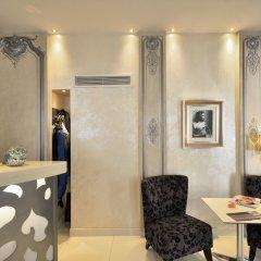 Отель Renoir Hotel Франция, Канны - отзывы, цены и фото номеров - забронировать отель Renoir Hotel онлайн интерьер отеля фото 3
