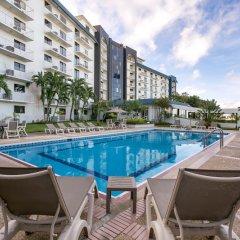 Отель Bayview Тамунинг бассейн