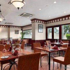 Отель Hilton Colombo Residence Шри-Ланка, Коломбо - отзывы, цены и фото номеров - забронировать отель Hilton Colombo Residence онлайн питание