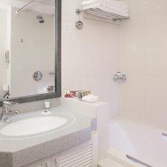 Отель Crowne Plaza Dubai ОАЭ, Дубай - отзывы, цены и фото номеров - забронировать отель Crowne Plaza Dubai онлайн ванная фото 2