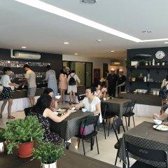 Отель The Pixel Cape Panwa Beach Таиланд, Пхукет - отзывы, цены и фото номеров - забронировать отель The Pixel Cape Panwa Beach онлайн питание
