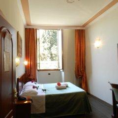 Отель Domus Florentiae Hotel Италия, Флоренция - 1 отзыв об отеле, цены и фото номеров - забронировать отель Domus Florentiae Hotel онлайн комната для гостей фото 4
