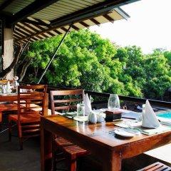 Отель Thilanka Resort and Spa питание