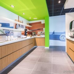 Отель Holiday Inn Express Utrecht - Papendorp питание