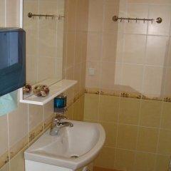 Гостиница Эконом Отель Украина, Донецк - отзывы, цены и фото номеров - забронировать гостиницу Эконом Отель онлайн ванная фото 2