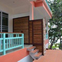 Отель Mountain Reef Beach Resort балкон