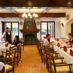 Отель Crowne Plaza Hotel Kathmandu-Soaltee Непал, Катманду - отзывы, цены и фото номеров - забронировать отель Crowne Plaza Hotel Kathmandu-Soaltee онлайн питание фото 2