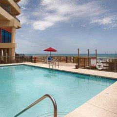 Отель Best Western Oceanfront - New Smyrna Beach бассейн фото 2
