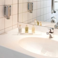 Victor's Residenz-Hotel Berlin Tegel ванная