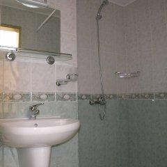 Отель Astra Болгария, Равда - отзывы, цены и фото номеров - забронировать отель Astra онлайн ванная