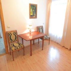 Отель Skapo Apartments Литва, Вильнюс - 2 отзыва об отеле, цены и фото номеров - забронировать отель Skapo Apartments онлайн удобства в номере фото 2