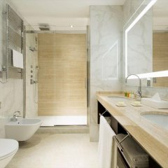 Aleph Rome Hotel, Curio Collection by Hilton ванная