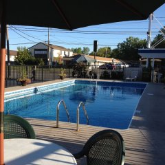 Отель Moonlite Motel США, Ниагара-Фолс - отзывы, цены и фото номеров - забронировать отель Moonlite Motel онлайн бассейн фото 2