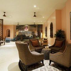 Отель Centara Grand Beach Resort Phuket Таиланд, Карон-Бич - 5 отзывов об отеле, цены и фото номеров - забронировать отель Centara Grand Beach Resort Phuket онлайн интерьер отеля фото 2