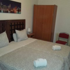 Отель Hostal Absolut Stay Барселона комната для гостей фото 3