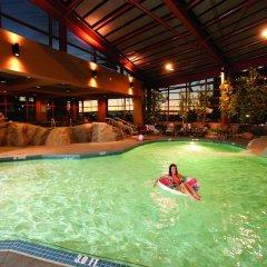 Отель River Rock Casino Resort Канада, Ричмонд - отзывы, цены и фото номеров - забронировать отель River Rock Casino Resort онлайн бассейн фото 2