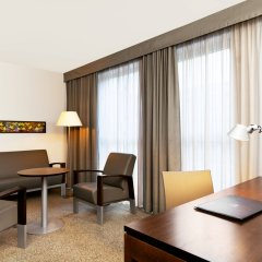 Отель Four Points by Sheraton Bolzano Больцано удобства в номере фото 2