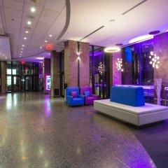 Отель Travelodge Hotel by Wyndham Montreal Centre Канада, Монреаль - отзывы, цены и фото номеров - забронировать отель Travelodge Hotel by Wyndham Montreal Centre онлайн городской автобус
