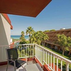 Отель Iberostar Playa de Muro Испания, Плайя-де-Муро - отзывы, цены и фото номеров - забронировать отель Iberostar Playa de Muro онлайн балкон