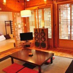Отель Hueahn Hanok Guesthouse Южная Корея, Сеул - отзывы, цены и фото номеров - забронировать отель Hueahn Hanok Guesthouse онлайн детские мероприятия фото 2