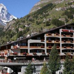 Отель Swiss Alpine Hotel Allalin Швейцария, Церматт - отзывы, цены и фото номеров - забронировать отель Swiss Alpine Hotel Allalin онлайн приотельная территория
