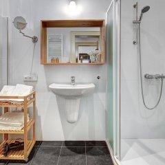 Отель 4 Arts Suites Чехия, Прага - отзывы, цены и фото номеров - забронировать отель 4 Arts Suites онлайн ванная