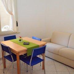 Отель Residence Verbena Римини комната для гостей