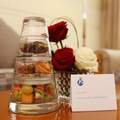 Отель J5 Hotels Port Saeed Дубай в номере