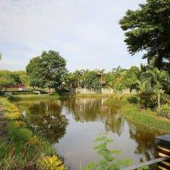 Отель 4 BR Private Villa in V49 Pattaya w/ Village Pool Таиланд, Паттайя - отзывы, цены и фото номеров - забронировать отель 4 BR Private Villa in V49 Pattaya w/ Village Pool онлайн приотельная территория фото 2